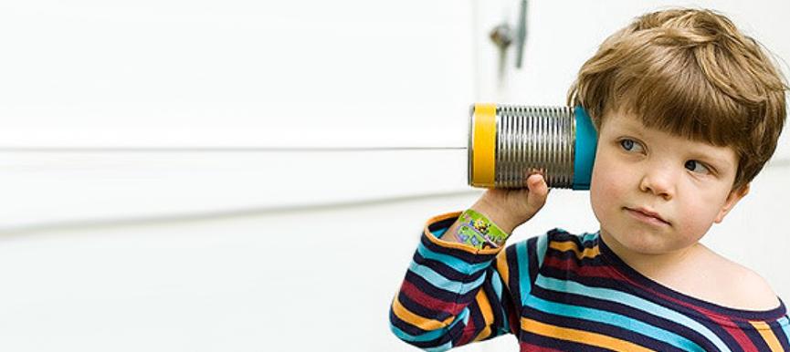 Escuchar objetivamente para comunicar acertadamente